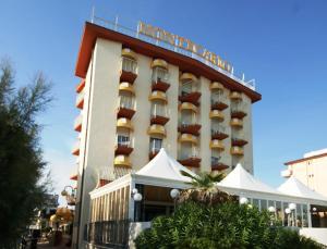 emblème de l'établissement Hotel Montecarlo