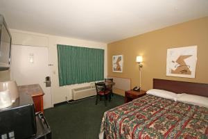 Royal Inn and Suites Charlotte Airport, Motely  Charlotte - big - 12