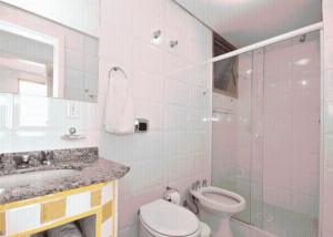 One-Bedroom Apartment with Balcony and Barbecue Facilities (2 Adults) Entremares Residence