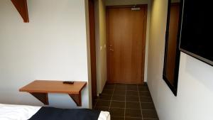 Hotel Austur.  Mynd 15