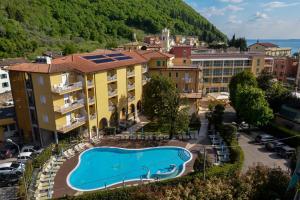 Hotel Bisesti - AbcAlberghi.com