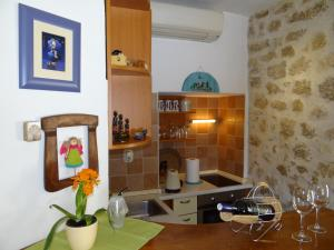 Old town apartment Dino, 21300 Makarska