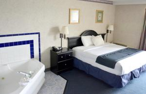 Travelodge by Wyndham Milwaukee, Отели  Милуоки - big - 31
