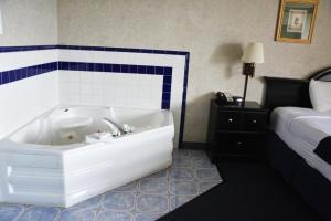 Travelodge by Wyndham Milwaukee, Отели  Милуоки - big - 30