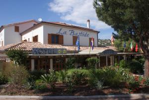Hotel La Bastide, Hotely  Le Lavandou - big - 1