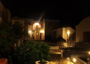 Adamastos, Hotels  Akrotiri - big - 11