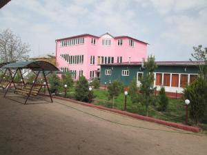 Отель Тянь-Шань-Береке, Каракол