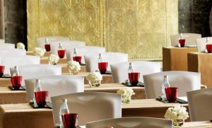 Raffles Dubai, Hotely  Dubaj - big - 96