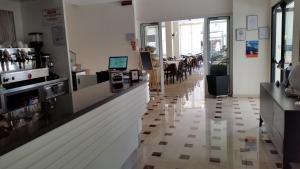 Hotel Tosi, Szállodák  Riccione - big - 42