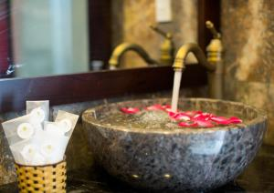 Golden Bell Hoi An Boutique Villa, Hotels  Hội An - big - 6