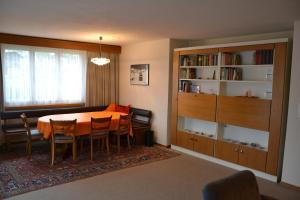 Arcula, Apartmanok  Flims - big - 12