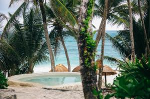 Papaya Playa Project (26 of 76)