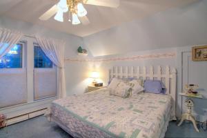 Berthoud Inn & Events, Bed & Breakfast  Berthoud - big - 108