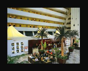 Radisson Blu Resort, Sharjah, Resorts  Schardscha - big - 36