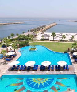 Radisson Blu Resort, Sharjah, Resort  Sharjah - big - 1