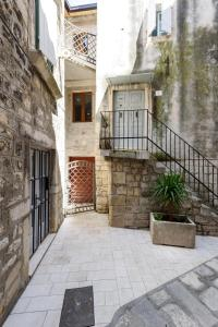 Villa Kudelik - Stone Story, Bed and breakfasts  Trogir - big - 117