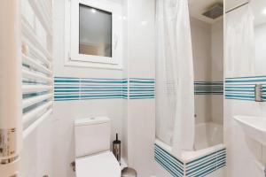 Casa Dante, Apartments  Barcelona - big - 15