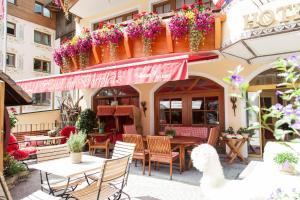 Am Dorfplatz Suites - Adults only, Hotely  Sankt Anton am Arlberg - big - 96