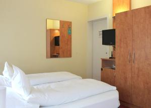 Hotel Ostmeier, Hotely  Bochum - big - 33