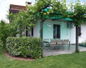 Cozy Home with Garden - AbcAlberghi.com