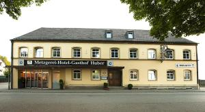 Hotel Huber - Buch am Erlbach