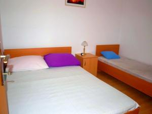 Apartment Pavao, Apartments - Novalja