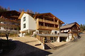 Apartments. Ambria - AbcAlberghi.com