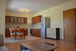 Iris Apartments, Apartmány  Sveti Konstantin i Elena - big - 28