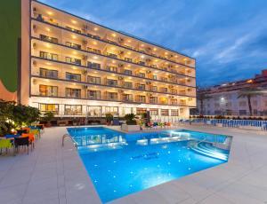 Hotel Vista Oro