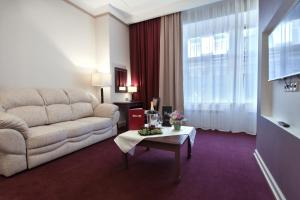 The Bridge Hotel - Saint Petersburg