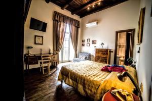 San Gennaro Bed - Neapel