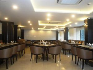 The Fern Residency, MIDC, Pune, Hotels  Pune - big - 14