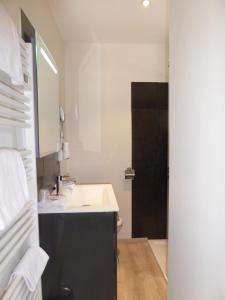 Auberge Val Moureze Hôtel & Spa, Hotels  Mourèze - big - 9