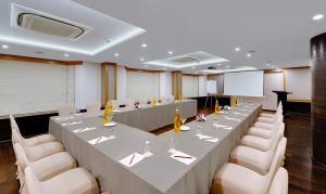 The Fern Residency, MIDC, Pune, Hotels  Pune - big - 11