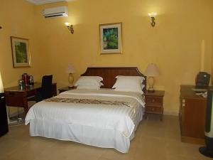 Seaside Suites and Hotel, Hotels  Freetown - big - 3
