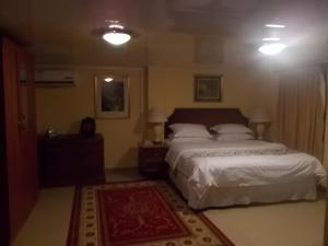 Seaside Suites and Hotel, Hotels  Freetown - big - 37