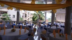 Seaside Suites and Hotel, Hotels  Freetown - big - 30