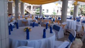 Seaside Suites and Hotel, Hotels  Freetown - big - 28