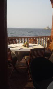 Seaside Suites and Hotel, Hotels  Freetown - big - 2