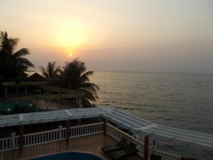 Seaside Suites and Hotel, Hotels  Freetown - big - 22