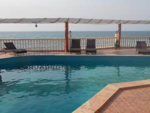 Seaside Suites and Hotel, Hotels  Freetown - big - 14