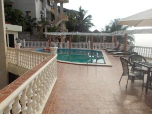 Seaside Suites and Hotel, Hotels  Freetown - big - 11