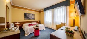 IH Hotels Admiral Padova - AbcAlberghi.com
