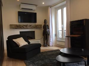 Bellechasse Apartments
