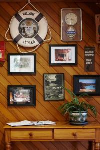 Tipi and Bobs Waterfront Lodge, Turistaházak  Tryphena - big - 35