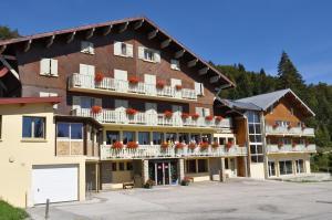 Location gîte, chambres d'hotes Village Vacances Le Grépillon dans le département Jura 39
