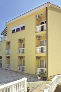 Guesthouse Villa Adria, Penziony  Malinska - big - 33