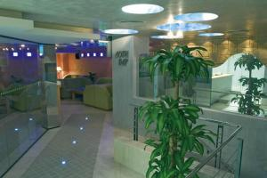 Hotel Divesta, Отели  Варна - big - 50