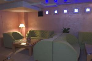 Hotel Divesta, Отели  Варна - big - 47