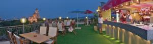 Hotel Divesta, Отели  Варна - big - 42